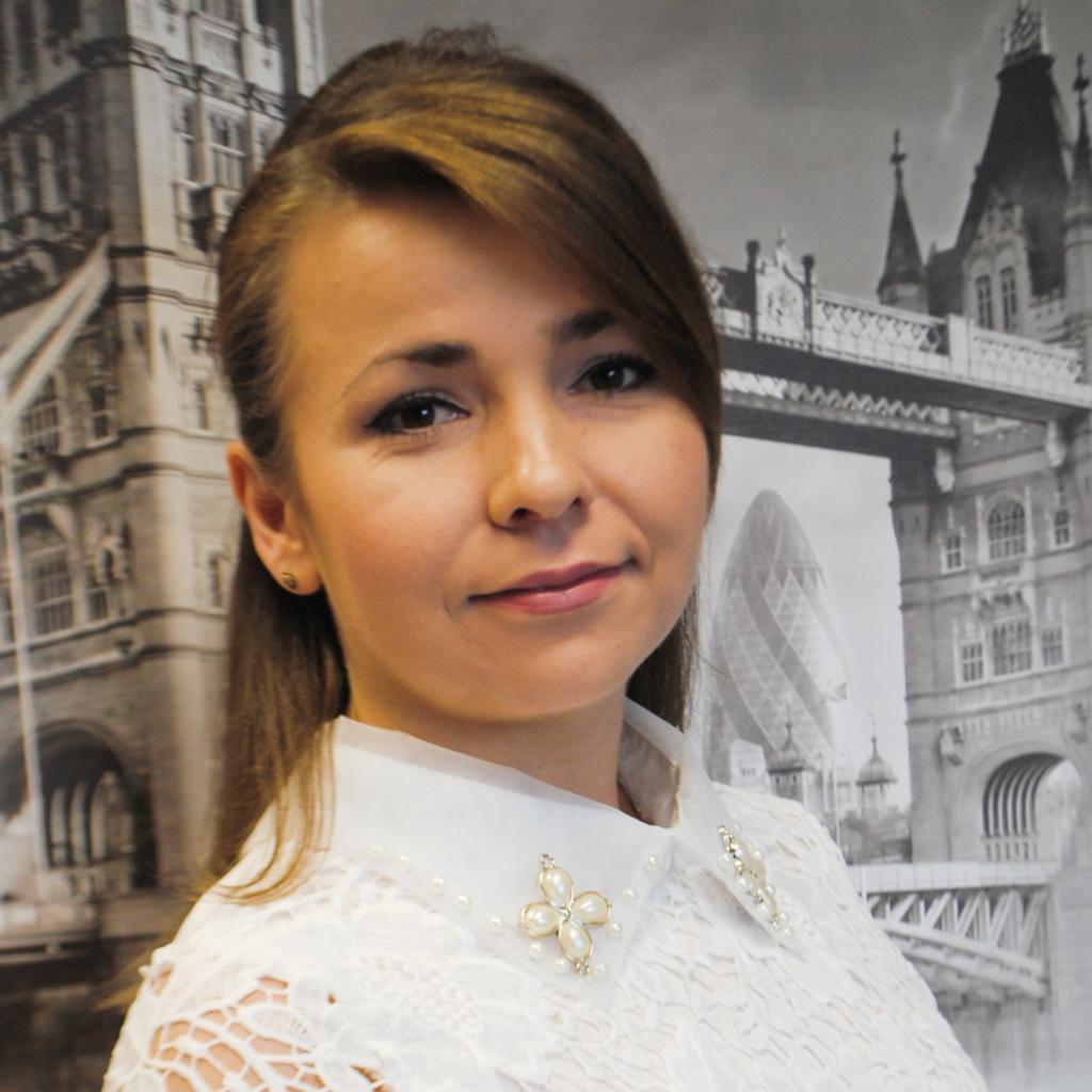 ANNA MALINOWSKA ASYSTENT W DZIALE ZAMÓWIEŃ PUBLICZNYCH  a.malinowska@openeducation.pl
